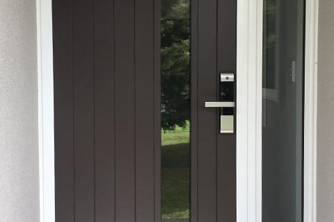 Axis panel door