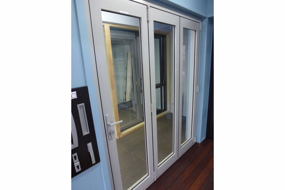 Bifold Doors - Showroom 1