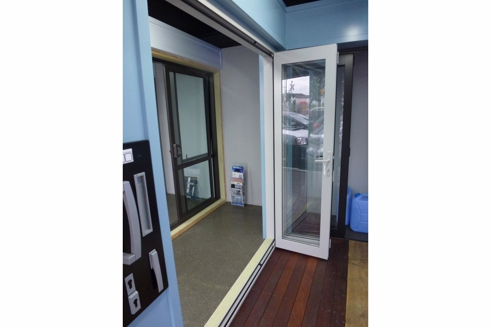 Bifold Doors - Showroom 3